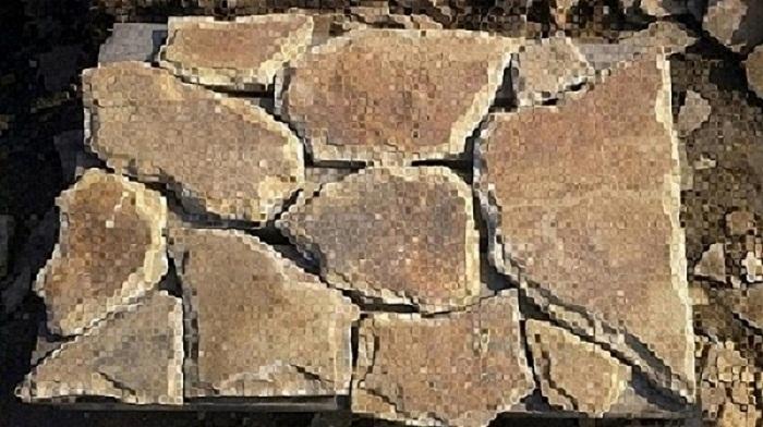 Камень песчаник со сколом