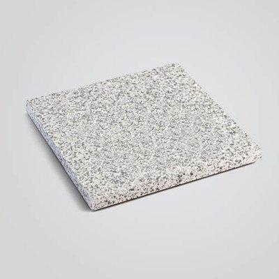 Полированная плитка из Покостовского гранита